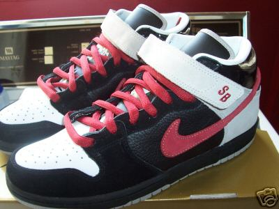 purchase cheap 4ea5d 88b86 Nike Dunk Mid SB – Guns N Roses – November Rain