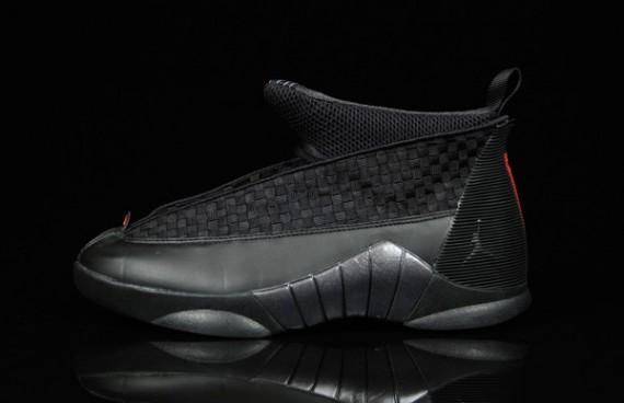 Air Jordan (15) XV Black/Varsity Red
