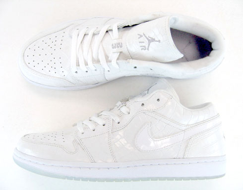 classic fit 5833b 93bc8 Air Jordan 1 Low Retro – White Croc