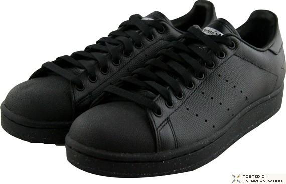 Adidas Official Black Animal Pack Stingray