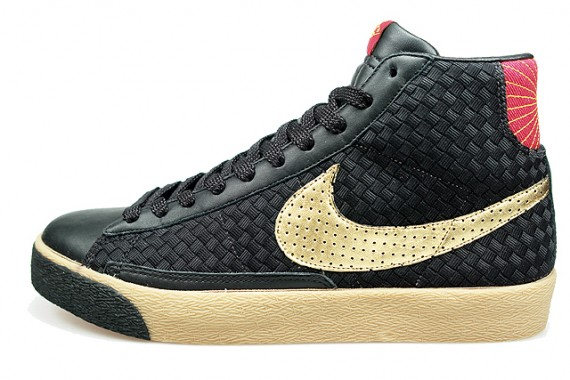 size 40 60c98 cab5f blazerblkgold-02a.jpg. Very nice and interesting looking Blazer Mid with a black  woven ...