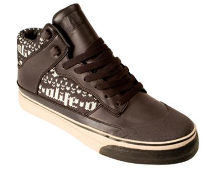 freshness_news_alife_holiday_footwear_ski_1.jpg