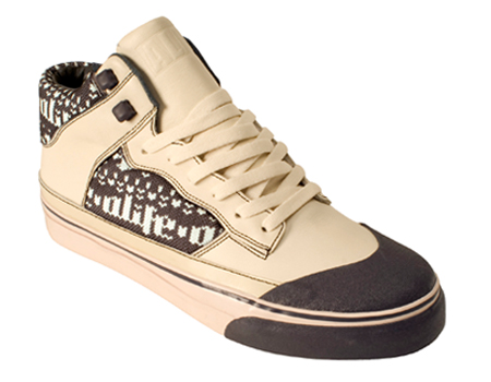 freshness_news_alife_holiday_footwear_ski_2.jpg