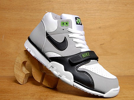 new style bf5d9 1ba65 Nike Air Trainer 1 Chlorophyll Retro