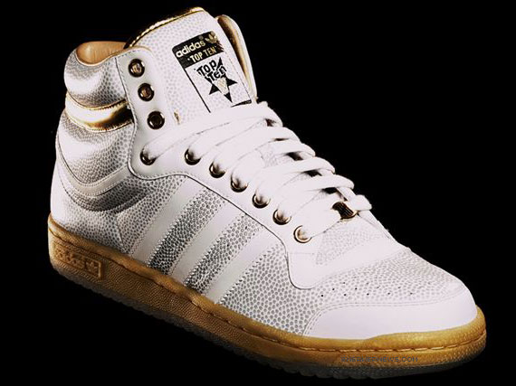 """adidas x Undefeated Top Ten + """"1979″ Box Launch"""
