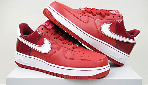 Nike Wmns Air Force 1 Valentines Day 2008 Sneakernews Com