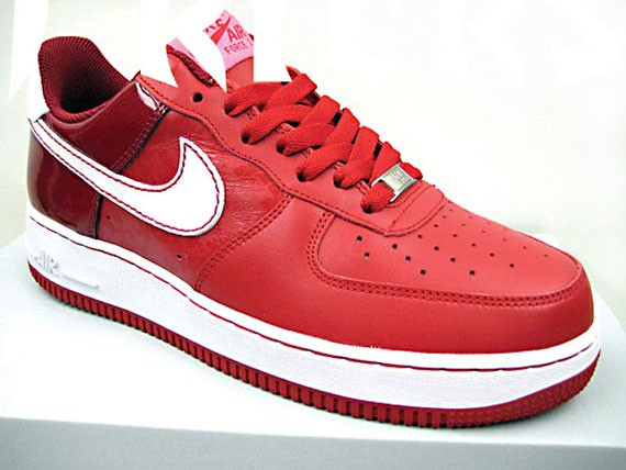 7683e74335a Nike WMNS Air Force 1 Valentines Day 2008 - SneakerNews.com