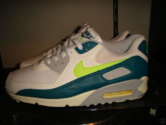 san francisco a138c bfad4 Nike Air Max 90 JD Sports Exclusives – Three new colorways