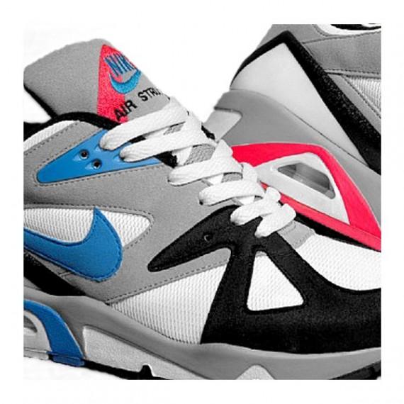 da4d74c9d97c Nike Structure Triax (Retro). Publié par NAM Prods