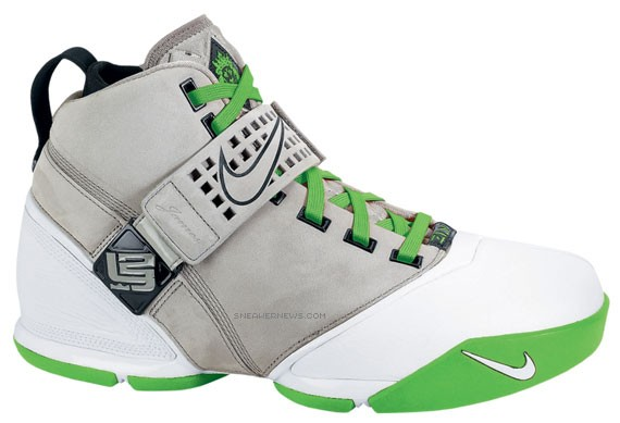 Nike Zoom Lebron V - Dunkman