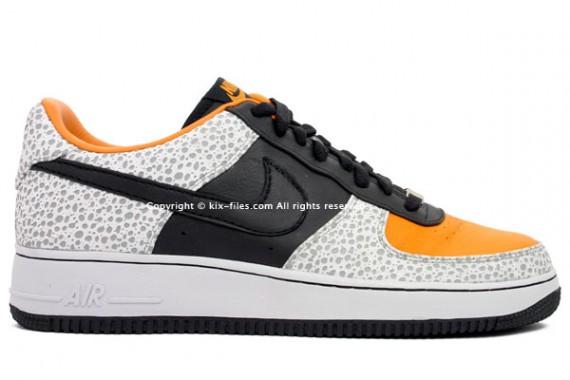 new style d1507 8871d Nike Air Force 1 - Air Safari Inspired