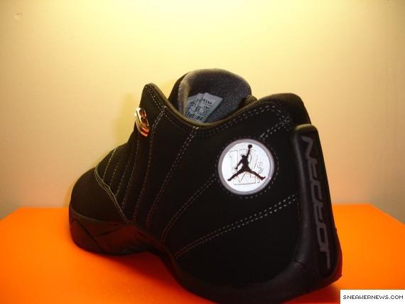 830156b765f Air Jordan 12.5 Team Low - Black - Lt Graphite - SneakerNews.com