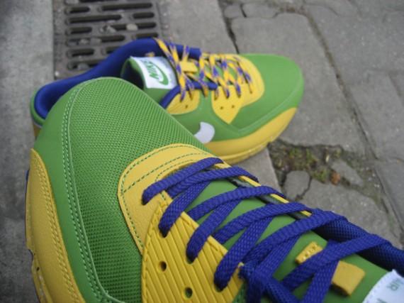 vulgar deletrear jazz  Nike x Misha (PAM) Air Max 90 - Running Man Pack - SneakerNews.com
