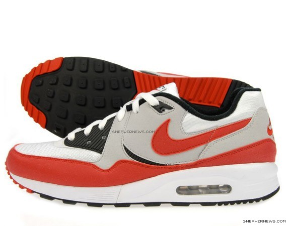 huge discount 3614e 0604e Nike Air Max Light - JD Sports Exclusive - SneakerNews.com