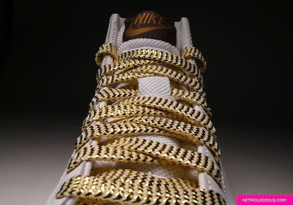 blazer-wmns-croc-gold-wht-4.jpg