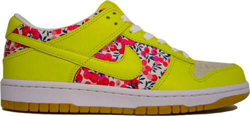buy popular 3d1bc d58a8 Nike Dunk Low WMNS - Liberty Fabric Pack
