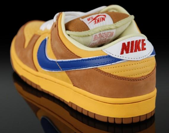 Nike SB Dunk Low Premium - New Castle Beer Inspired