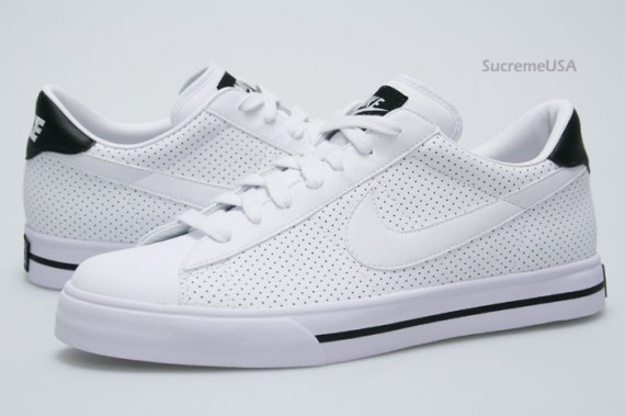 pretty nice ff4af 10536 Nike Sweet Classic - Perforated White - Black