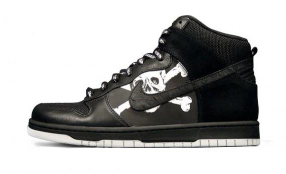 Nike x FC St. Pauli - Dunk High Premium - SneakerNews.com 88b004b77f6a
