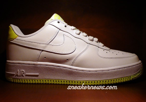 Nike Air Force One - White - Neon Yellow