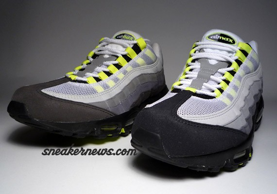 Nike Air Max 95 Neon History of Air vs 2008 Comparison