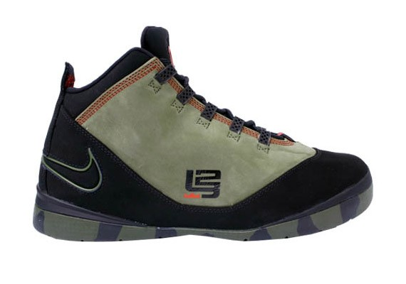 quality design 79559 8a2a2 Nike Zoom LeBron Soldier II (2) Camo - Army - SneakerNews.com