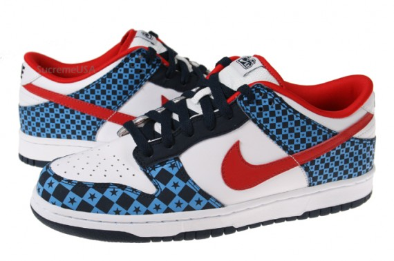 Nike 60 Dunk Low  Stars  Red  White  Blue