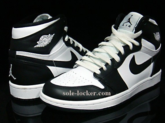Air Jordan I - Black/White - 1 & 22 Countdown Pack