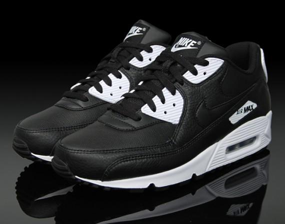 Nike Air Max 90 - Black - White