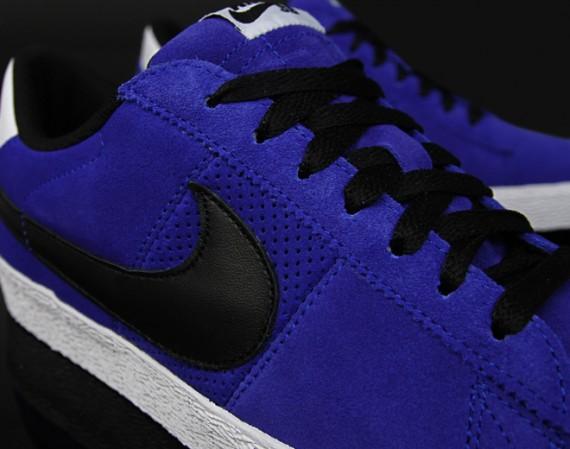 new product 1cdd9 555de Nike Sb Blazer Low Varsity Royal Black