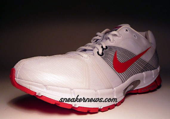 Nike Zoom Victory+ - White - Red - Silver - Black
