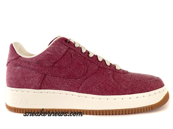 Nike Air Force 1 Supreme - Team Red Canvas - Tier 0