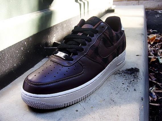 on sale 633b5 94583 Nike Air Force 1 Low Premium - Boulder Flannel