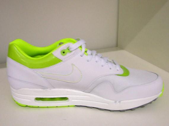 Nike Air Max 1 Premium - White - Neon