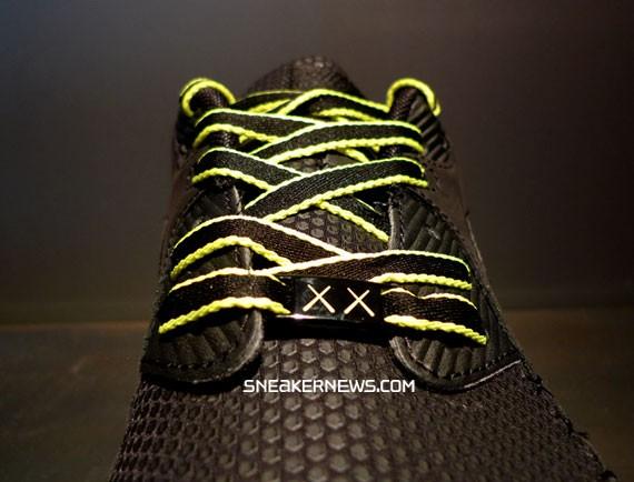Nike Air Max 90 Current - Original Fake (Kaws)