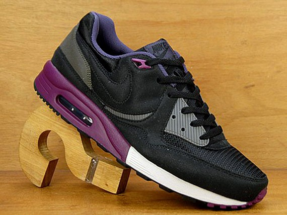 Nike Air Max Light - Black - Mulberry - Abyss - SneakerNews.com fcbda41b6