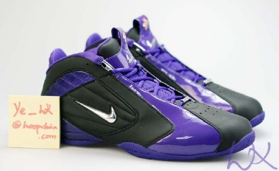 1995 Nike Penny Hardaway on air