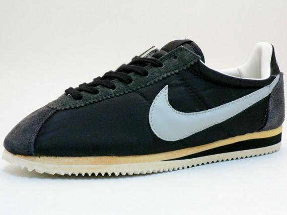 newest d7471 6e938 Nike Cortez Vintage Black
