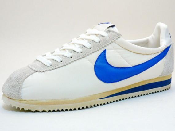 best sneakers 61b28 50538 Nike Vintage Cortez Nylon - SneakerNews.com