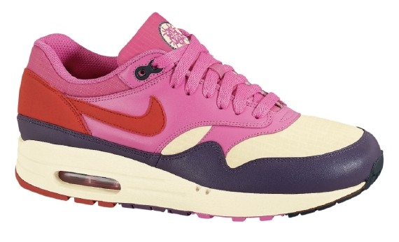 official photos d9c22 ffadb Nike WMNS Air Max 1 - Alabaster - Dragon Red - SneakerNews.com