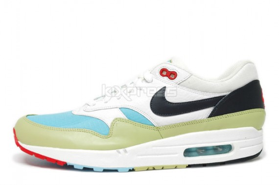 best service a2986 58054 Nike Air Max 1 WMNS - Winter Pack - Snowflake - SneakerNews.com