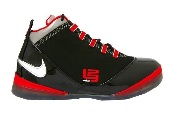 68d9b8c316ac Nike Zoom Lebron Soldier II - Ohio State Buckyes PE - SneakerNews.com