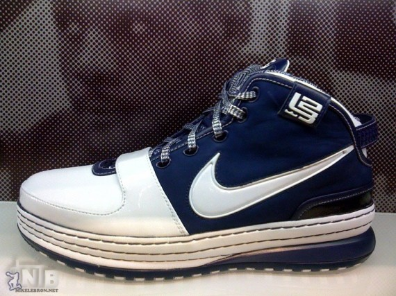 77060ed471d02 on sale Nike Zoom Lebron VI White Midnight Navy New York ...