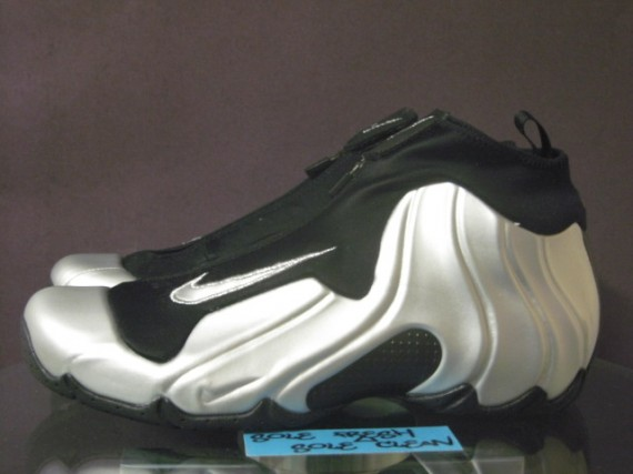 meet 3c926 98a3a Nike Air Flightposite 1 - Metallic Silver