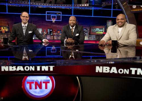 9fc9d2da9ca7 Nike Hyperdunk Supreme - NBA on TNT - SneakerNews.com