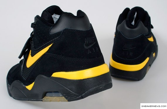Nike Air Force 180 - Black - Maize - Bumble Bee