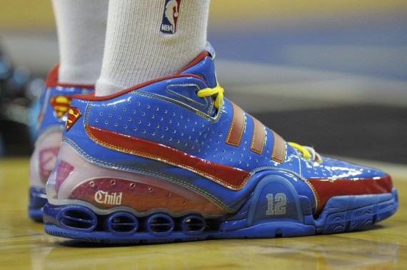Dwight Howard - adidas TS Bounce Commander Superman