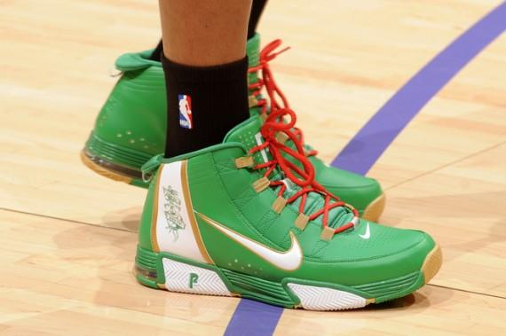NBA Feet - Christmas Day 2008 - SneakerNews.com