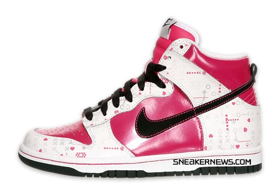 7385d9fa43 Nike Dunk High Kids - V-Day - SneakerNews.com
