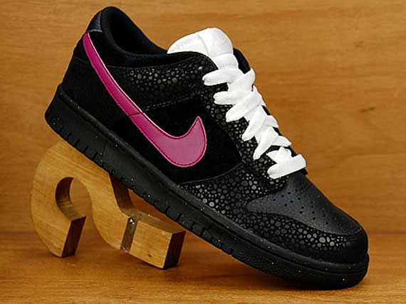 finest selection 402f1 124ae nike dunk low black pink safari print